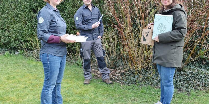 Minister Zuhal Demir verwelkomt eerste Tuinrangers in Vlaanderen.